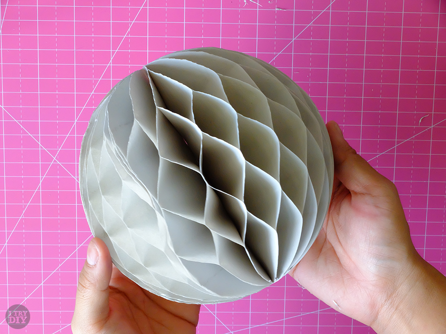 I Try DIY   DIY Honeycomb Lanterns