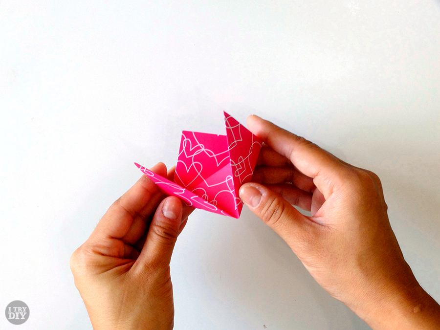 I Try DIY | Triangle Origami Bowls