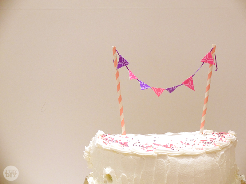 mini bunting wedding cake topper mini bunting cake toppers i try diy 17390